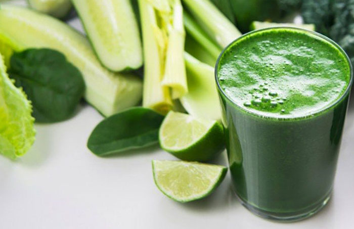 You are currently viewing How about drinking your greens? Juicing is the way to go