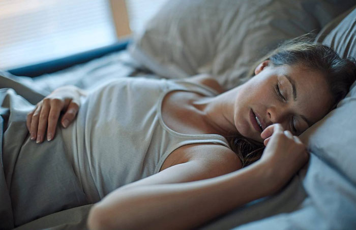 Read more about the article Having trouble sleeping? Hormonal changes can affect sleep quality for women