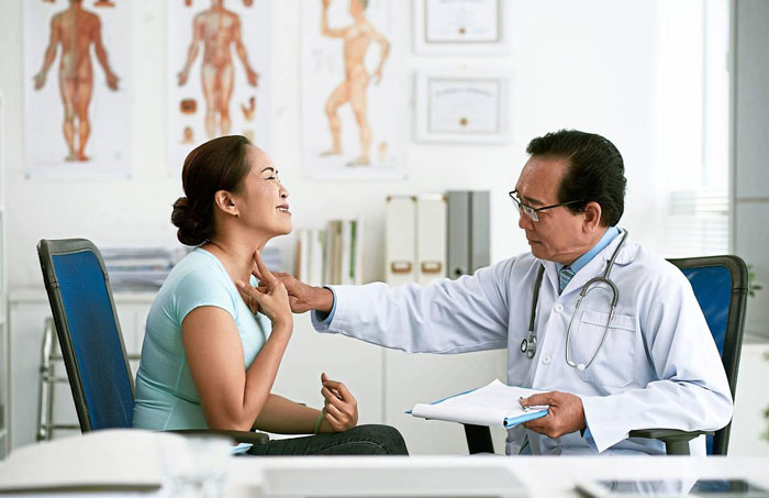 Read more about the article Are doctors biased against women when they complain about being sick?