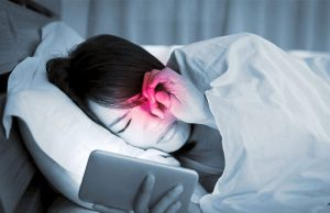 Read more about the article Why too much blue light from your screens can be harmful